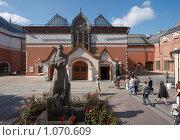 Купить «Третьяковская галерея», фото № 1070609, снято 1 сентября 2009 г. (c) Юрий Синицын / Фотобанк Лори