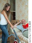 Купить «Домохозяйка», фото № 1074369, снято 6 сентября 2009 г. (c) Яков Филимонов / Фотобанк Лори