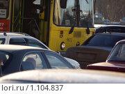 Купить «Автобус перекрыл движение», фото № 1104837, снято 15 января 2008 г. (c) Zelenograd.ru / Фотобанк Лори