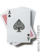Купить «Туз пик на колоде карт, изолированные», фото № 1119673, снято 30 июля 2009 г. (c) Михайлов Виталий / Фотобанк Лори