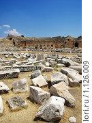 Купить «Руины древнего города Иераполис, Турция», фото № 1126009, снято 8 августа 2008 г. (c) Роман Бородаев / Фотобанк Лори