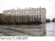 Воркутинский горный институт (2009 год). Стоковое фото, фотограф Оксана Кабрина / Фотобанк Лори