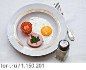 Купить «Яичница на завтрак», фото № 1150201, снято 29 сентября 2009 г. (c) Куликова Вероника / Фотобанк Лори