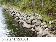 Купить «Соловецкие острова. Берег канала между озерами.», фото № 1153001, снято 12 сентября 2009 г. (c) Михаил Ворожцов / Фотобанк Лори