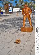 Купить «Живая статуя», фото № 1155405, снято 23 июля 2009 г. (c) Дмитров Денис Тихонович / Фотобанк Лори