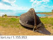 Купить «Деревянная лодка на берегу», фото № 1155953, снято 10 мая 2009 г. (c) Куликов Константин / Фотобанк Лори