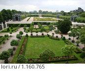 Купить «Парк Шенбрунн», фото № 1160765, снято 29 июня 2009 г. (c) Светлана Попова / Фотобанк Лори