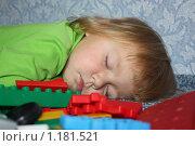 Ребенок спит. Стоковое фото, фотограф Ольга Зарубина / Фотобанк Лори