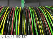 Купить «Электрический кабель на катушке», фото № 1185137, снято 25 августа 2009 г. (c) Vladimir Kolobov / Фотобанк Лори