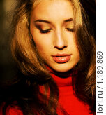 Купить «Золотая девушка», фото № 1189869, снято 9 октября 2009 г. (c) Вероника Галкина / Фотобанк Лори