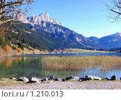 Озеро в Альпах, Австрия (2009 год). Стоковое фото, фотограф Владимир Горев / Фотобанк Лори