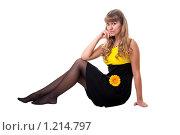 Купить «Длинноволосая блондинка с цветком», фото № 1214797, снято 29 октября 2009 г. (c) Сергей Шумаков / Фотобанк Лори