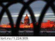Исаакиевский собор в Санкт-Петербурге (2009 год). Редакционное фото, фотограф Дмитрий Спецаков / Фотобанк Лори