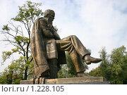 Купить «Старая Русса,Памятник Достоевскому», фото № 1228105, снято 4 сентября 2009 г. (c) Александр Секретарев / Фотобанк Лори