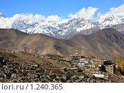 Купить «Высокогорный посёлок Муктинатх (3700м.) - центр паломничества индуистов и буддистов в Непале», фото № 1240365, снято 6 ноября 2009 г. (c) OSHI / Фотобанк Лори