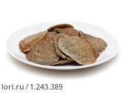 Купить «Драники на тарелке», фото № 1243389, снято 14 ноября 2009 г. (c) Руслан Кудрин / Фотобанк Лори