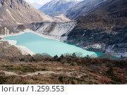 Купить «Непал. Ледниковое озеро у подножия горы Манаслу (8163 м.)», фото № 1259553, снято 1 ноября 2009 г. (c) Михаил Ворожцов / Фотобанк Лори