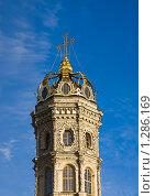 Купить «Храм Знамения Пресвятой Богородицы», фото № 1286169, снято 27 ноября 2009 г. (c) Герман Молодцов / Фотобанк Лори