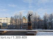 Купить «Памятник Минину в Нижнем Новгороде», фото № 1309409, снято 13 декабря 2009 г. (c) Igor Lijashkov / Фотобанк Лори