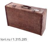 Купить «Старый чемодан», фото № 1315285, снято 21 декабря 2009 г. (c) Игорь Долгов / Фотобанк Лори