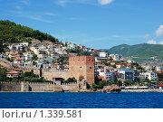 Купить «Вид на средиземноморский город Алания, Турция», фото № 1339581, снято 1 октября 2008 г. (c) Alperium / Фотобанк Лори