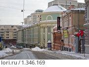 Купить «Улица Большая Дмитровка», фото № 1346169, снято 1 января 2010 г. (c) Parmenov Pavel / Фотобанк Лори