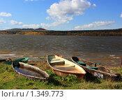 Лодки на берегу озера Зюраткуль. Редакционное фото, фотограф Игорь Потапов / Фотобанк Лори