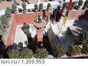 Купить «Непал. Катманду. Ступа Боднатх.», фото № 1359953, снято 9 ноября 2009 г. (c) Михаил Ворожцов / Фотобанк Лори