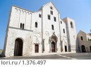 Купить «Базилика Святого Николая в городе Бари, Италия», фото № 1376497, снято 30 июля 2007 г. (c) Владимир Горощенко / Фотобанк Лори