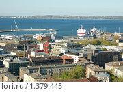 Купить «Район порта с крыши небоскреба - Таллин», фото № 1379445, снято 16 мая 2009 г. (c) Александр Гончаров / Фотобанк Лори