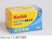Купить «Фотоплёнка», эксклюзивное фото № 1387889, снято 3 января 2010 г. (c) Дмитрий Неумоин / Фотобанк Лори