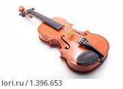 Купить «Скрипка на белом фоне», фото № 1396653, снято 17 января 2010 г. (c) Алексей Калашников / Фотобанк Лори
