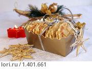 Купить «Домашние вафли для подарка на Рождество», фото № 1401661, снято 25 ноября 2009 г. (c) Татьяна Емшанова / Фотобанк Лори