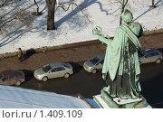 Купить «Апостол Петр. Вид с колоннады собора. Санкт-Петербург», эксклюзивное фото № 1409109, снято 6 марта 2007 г. (c) Александр Алексеев / Фотобанк Лори
