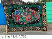 Купить «Тканый ковер, Беларусь», фото № 1444765, снято 9 октября 2009 г. (c) Владимир Фаевцов / Фотобанк Лори