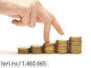 Купить «Лестница из монет и шагающая по ним рука. Концепция успеха», фото № 1460665, снято 27 января 2010 г. (c) Евгений Дубинчук / Фотобанк Лори