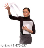 Девушка, бросающая бумаги, на белом фоне. Стоковое фото, фотограф Михаил Пименов / Фотобанк Лори