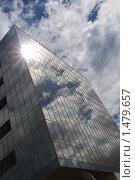 Купить «Отражение неба в здании», фото № 1479657, снято 1 июня 2008 г. (c) Николай Богоявленский / Фотобанк Лори