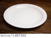 Белая тарелка. Стоковое фото, фотограф Дмитрий Степной / Фотобанк Лори