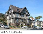 Купить «Трехэтажный особняк в Сан-Франциско», фото № 1500269, снято 5 февраля 2008 г. (c) Валентина Троль / Фотобанк Лори