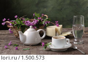 Купить «Чайно-кофейный натюрморт с мятой и сыром», фото № 1500573, снято 12 декабря 2018 г. (c) Марина Володько / Фотобанк Лори