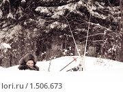 Купить «Лыжница в сугробе», фото № 1506673, снято 20 февраля 2010 г. (c) Вячеслав Воробьёв / Фотобанк Лори