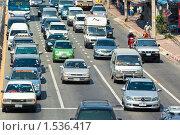 Автомобильная пробка (2010 год). Редакционное фото, фотограф Михаил Павлов / Фотобанк Лори
