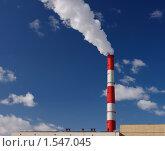 Пар из трубы на фоне синего неба. Стоковое фото, фотограф Звягинцев Сергей / Фотобанк Лори