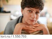 Купить «Портрет женщины средних лет», фото № 1550793, снято 11 ноября 2007 г. (c) Константин Сутягин / Фотобанк Лори