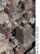 Купить «Вид сверху на Эмпайр Стейт Билдинг», фото № 1575333, снято 24 апреля 2004 г. (c) Константин Сутягин / Фотобанк Лори