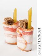 Купить ««Русские суши» — сало и ржаной хлеб», эксклюзивное фото № 1576081, снято 19 марта 2010 г. (c) Давид Мзареулян / Фотобанк Лори
