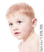 Мальчик на белом фоне. Стоковое фото, фотограф Майя Крученкова / Фотобанк Лори