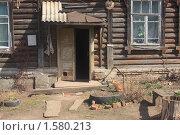 Купить «Подъезд.Деревянный дом.Муром», фото № 1580213, снято 17 апреля 2009 г. (c) Святослав Корнев / Фотобанк Лори