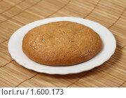 Купить «Миндальное пирожное», фото № 1600173, снято 7 августа 2009 г. (c) ElenArt / Фотобанк Лори
